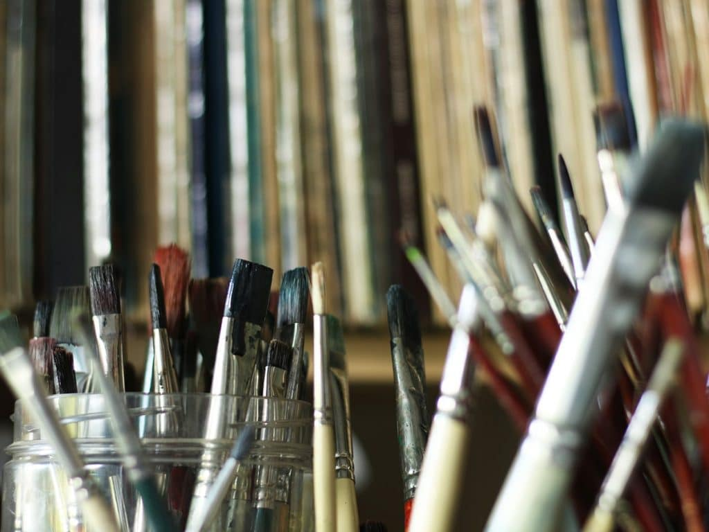 Best brushes for acrylic painting