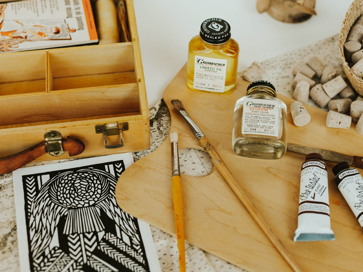 Oil vs Acrylic Paint: What are the Main Differences?