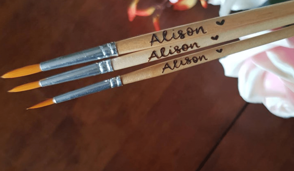 gifts for artists: personalised brush