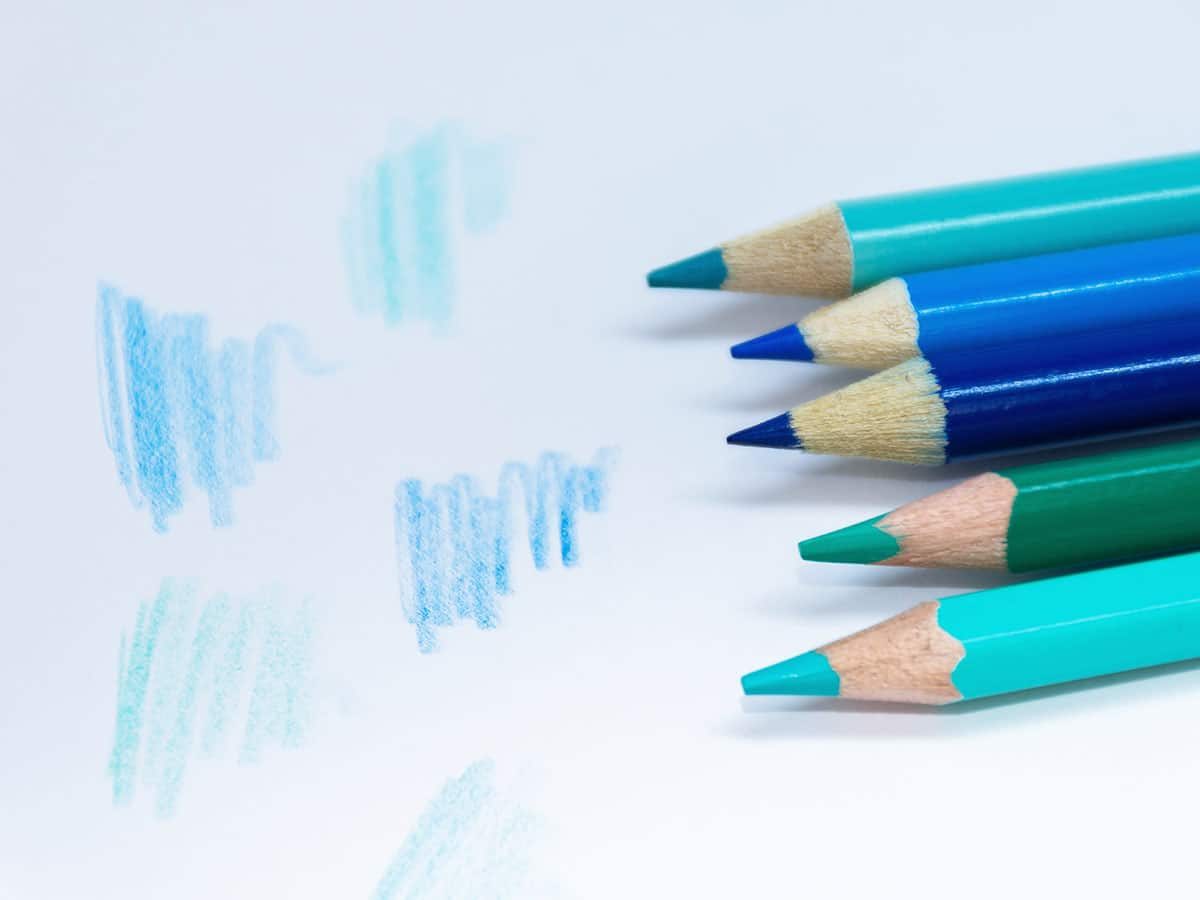 Best Paper for Coloured Pencils