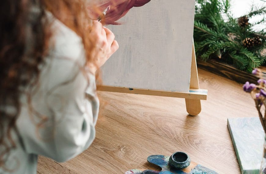 Acrylic Painting Techniques: 19 Techniques to Improve Your Skills