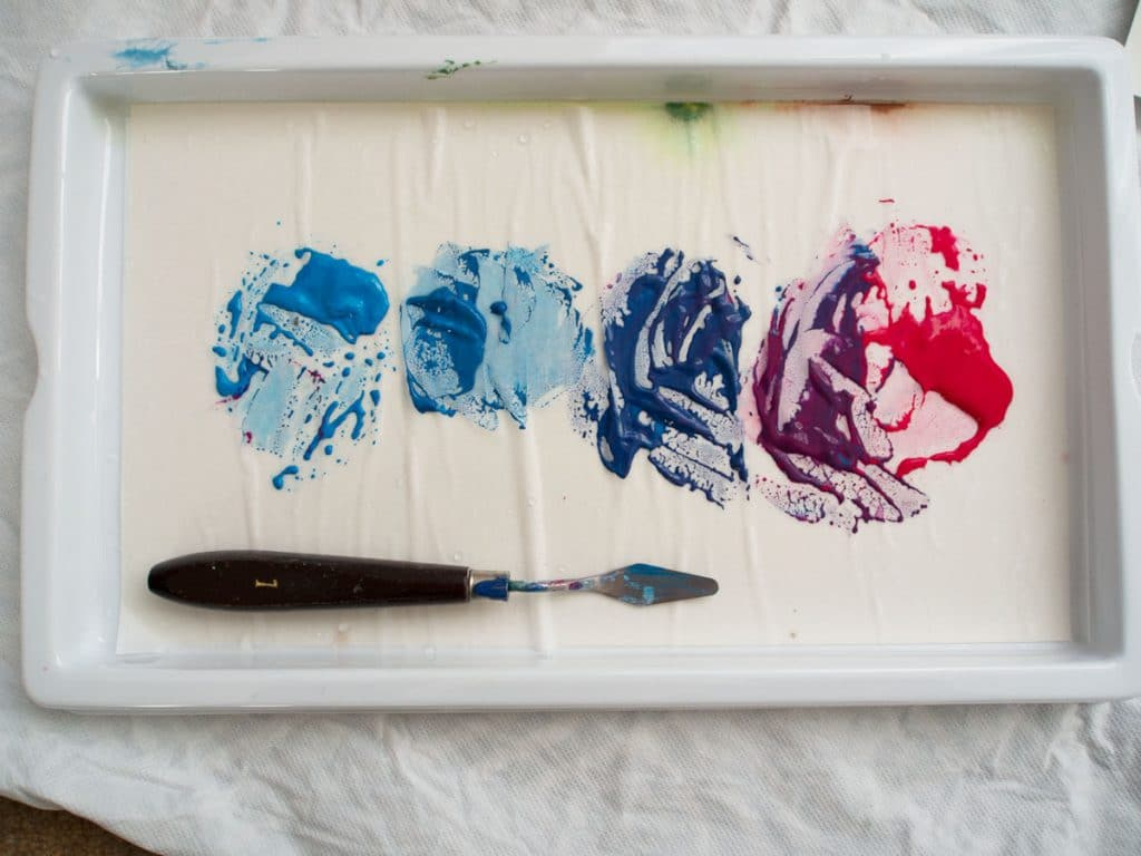 how to blend acrylic paint: mix tones